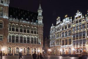 Belgien Brüssel Grote Markt bei Nacht