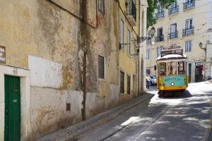 Lissabon Straßenbahn Tram Linie 28